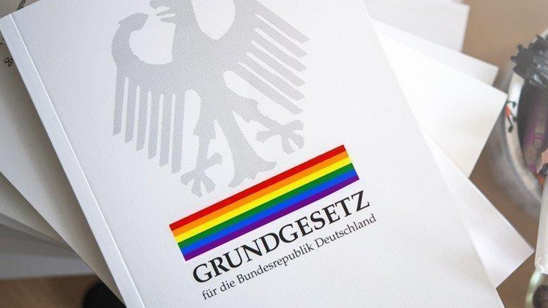 Grundgesetz für alle: Schutz der sexuellen und geschlechtlichen Identität JETZT!